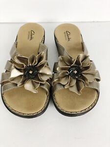 85fcdc4a3af Image is loading Clarks-Bendables-Metallic-Gold-Leather-Slide-on-Sandals-