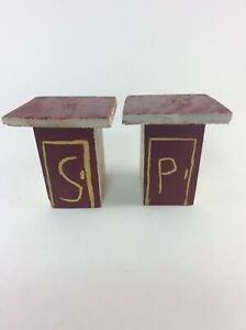 Vintage-Handmade-Outhouse-Salt-and-Pepper-Shakers-Wooden-1960-s-child-made