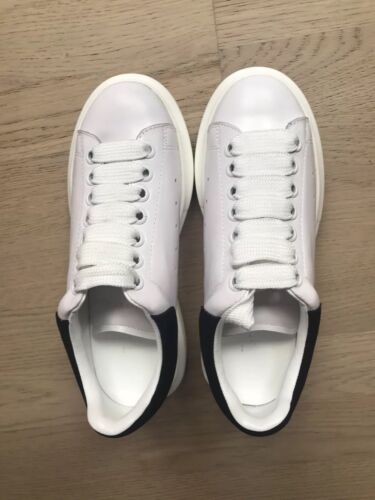 Women white leather casual shoes, Size 5