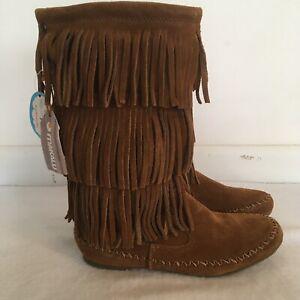 NWT MAKALU boots Sz 7 Nalani Fringe
