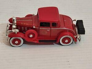 1932-Chevrolet-Confederate-Fire-Chief-Car-1-43-Scale