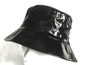toller-Regenhut-schwarz-ausgefallen-Damenhut-Kunstleder-Lack-rollbar