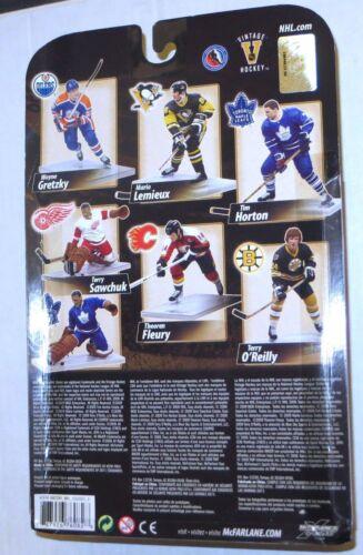 Wayne Gretzky McFarlane Legends Series 8 Figure Edmonton Oilers Blue Jersey