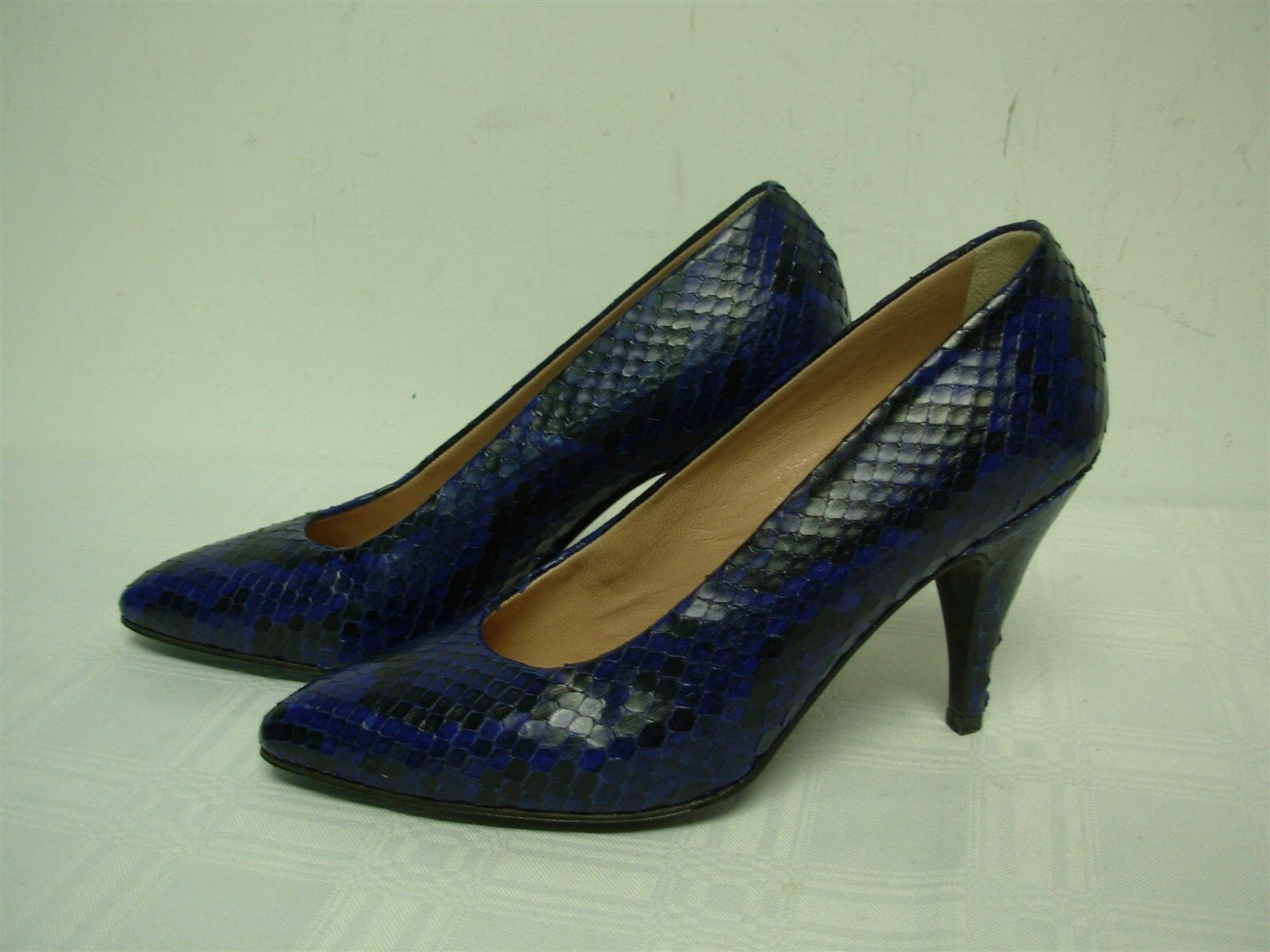 MAUD FRIZON PARIS MADE IN ITALY BLUE BLACK PYTHON SNAKE WOMENS PUMPS SHOES SZ 6