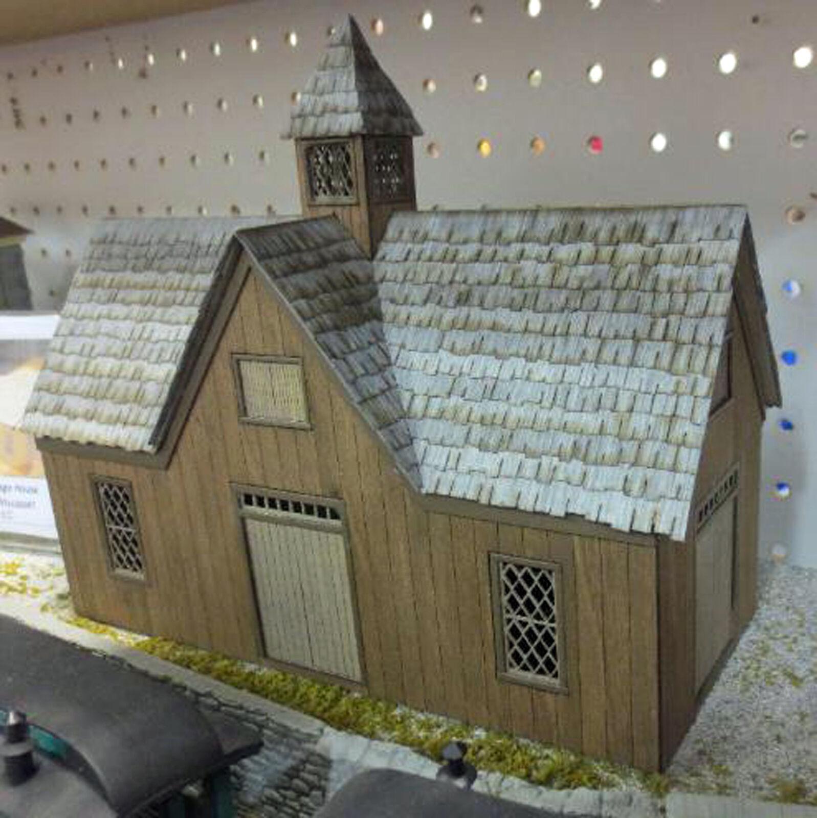 CARRIAGE HOUSE DIAMOND PANE WINDOWS O On30 Model Railroad Unptd Laser Kit DF421A