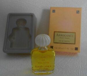 Miniature-de-parfum-Arrogance-pour-Femme-EDT-4-9-ml-boite