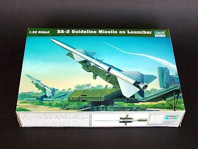 Trumpeter 00206 1//35 Assemble model,SA-2 Guideline Missile on Launcher
