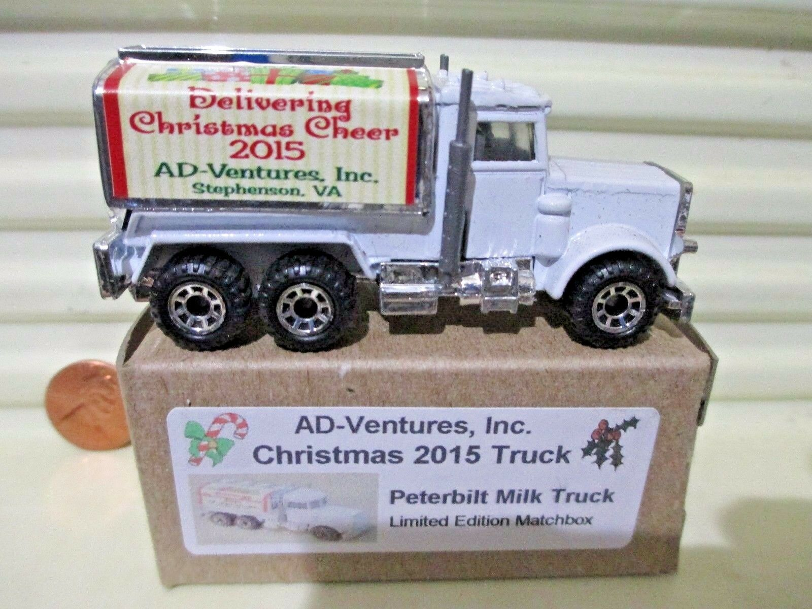 Matchbox MB56D Navidad 2015 ad-Ventures, Inc. nuevo camión Peterbilt Leche en Caja