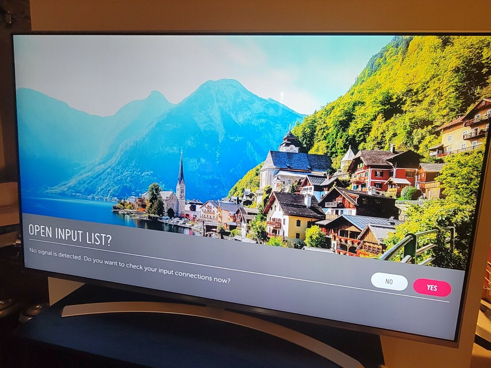 LG 65UH8500 65 Smart LED 4K Ultra HD 3D TV. Available Now for 1500.00