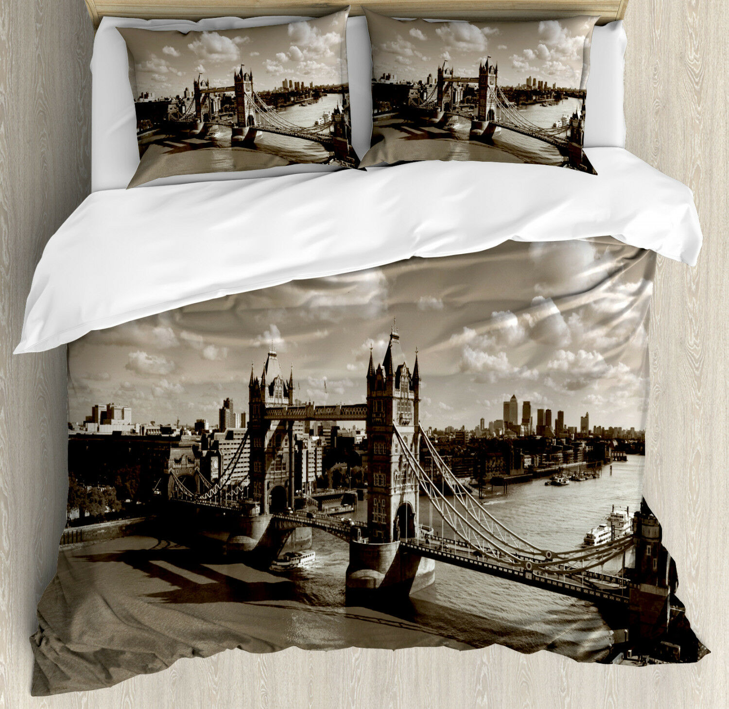 Travel Duvet Cover Set with Pillow Shams Tower Bridge and the Sky Print