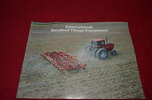 International-Cosechador-Seedbed-Tillage-Equipo-1983-Dealer-039-s-Folleto-Tein
