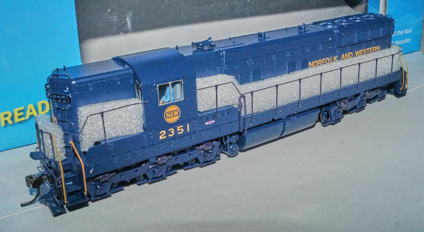Broadway Blauline 5291, Diesellok SD9 der N&W Norfolk & Western  2351, Sound OVP