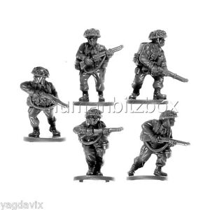 BLI07-RIFLE-TEAM-BASE-M-BRITISH-LATE-INFANTRY-FLAMES-OF-WAR-WW2-BITZ-PSC-15mm
