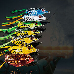Cute-Frog-Topwater-Fishing-Lure-Crankbait-Hooks-Bass-Bait-Tackle-7colors-WA