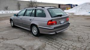 1999 BMW 528I TOURING.