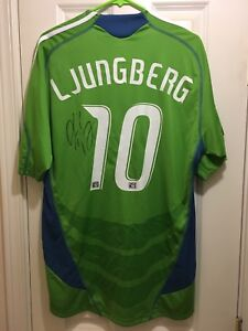 watch 418bf 44dab Details about Seattle Sounders 2009 #10 Freddie Ljungberg Autographed S/S  Home Jersey