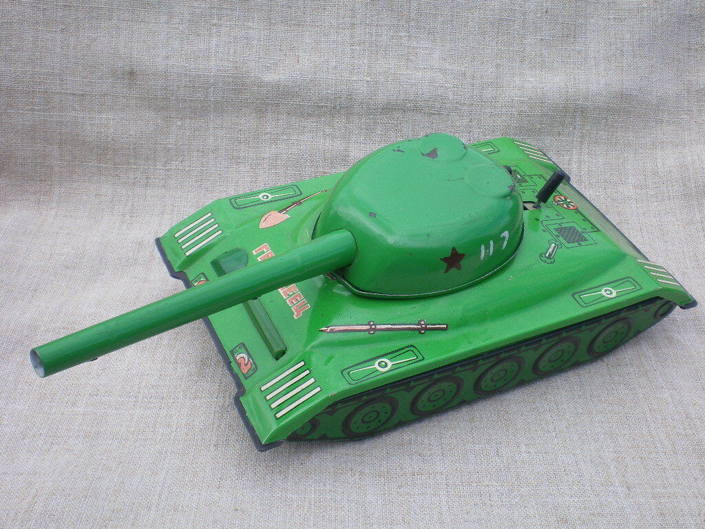 Soviet Vintage Electro-Mechanical Tank Toy.