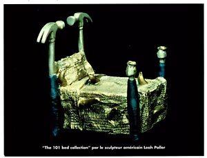 """Au lit avec Leah Poller. Exposition Galerie R. Trger, Paris 2000. - France - 112955000075 Carton d'invitation au vernissage de l'exposition intitulée """"Au lit avec Leah Poller"""", le 25 mai 2000 la Galerie R. Treger. 19 x 25. - France"""