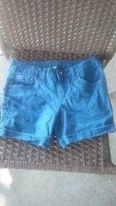 c7dcd7faa6e Girls 10 1 2 Justice 10.5 Plus Royal Blue Denim Cutoff Style Shorts ...