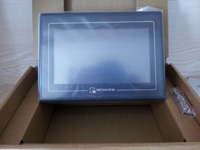 "1PC New Weintek 7/"" HMI TK6070IP Touch Screen Panel  NEW IN BOX"