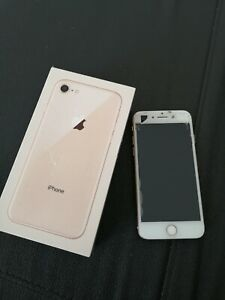 Apple iPhone 8 64go or rose (Désimlocké)