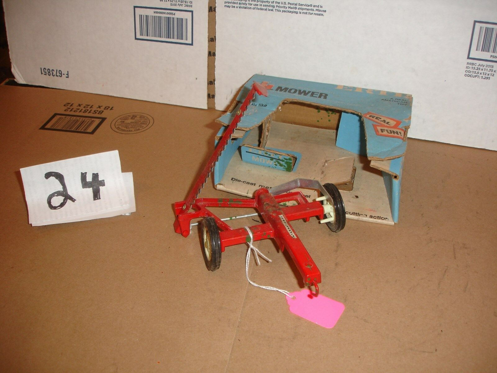 1 16  international pull mower with box