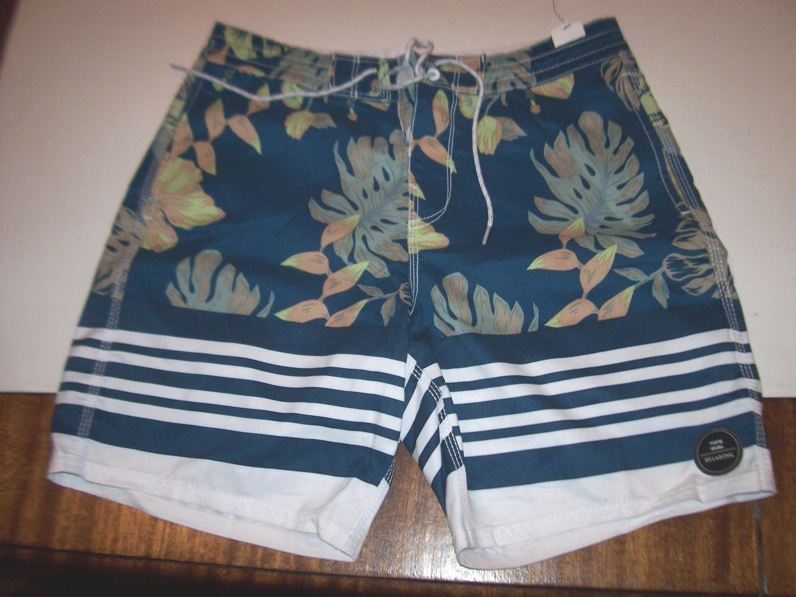 NEW BILLABONG swim board shorts trunks teal bluee floral Lo Tides 34 36 38
