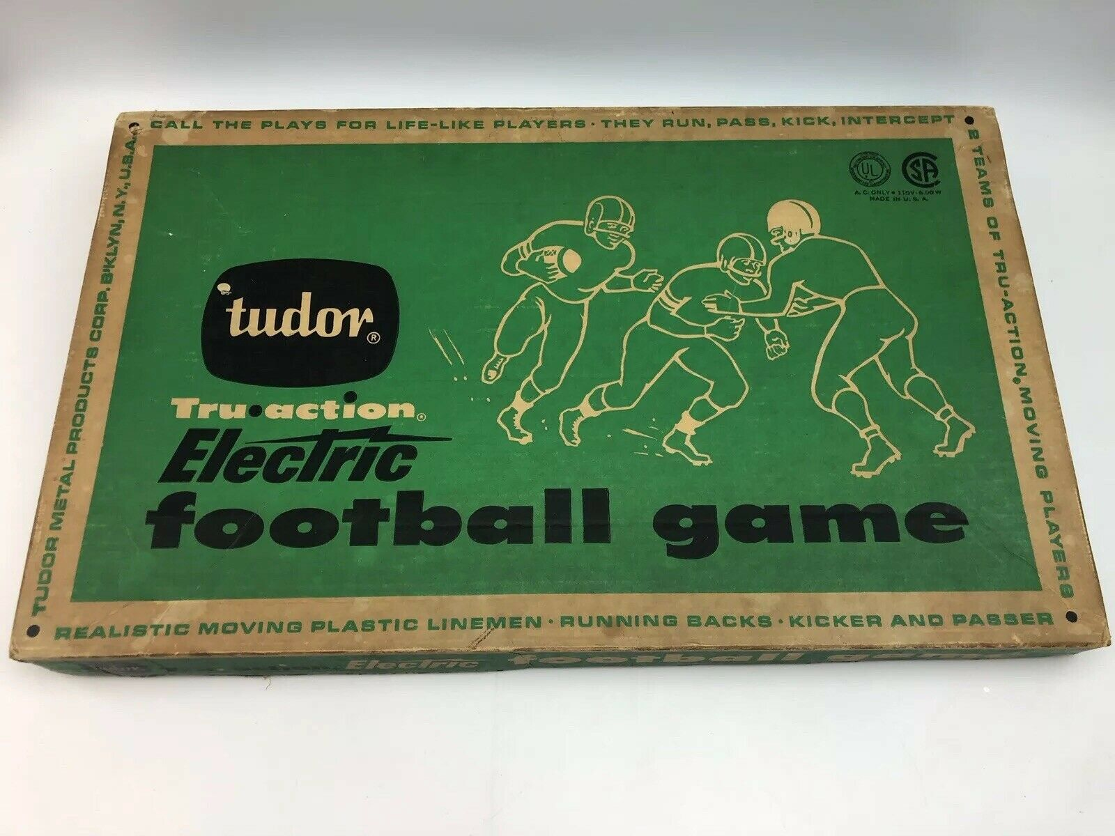 VINTAGE TUDOR TRU ACTION ELECTRIC FOOTBALL WORKS IN ORIGINAL BOX