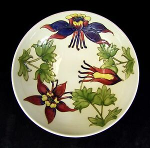 Moorcroft-Large-Columbine-Pattern-Footed-Bowl-Made-in-England