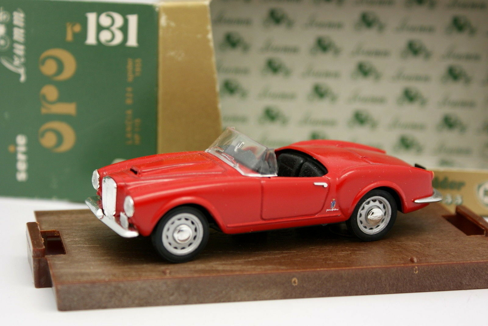 Brumm 1 43 - Lancia Aurelia B24 Red