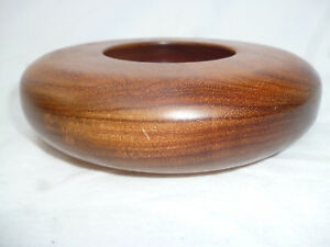 HEAVY-TASMANIAN-BLACKWOOD-TURNED-15cm-ROUNDED-BOWL-very-good-condition