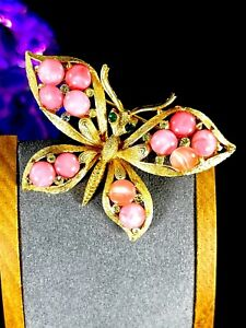 RARE-VINTAGE-COROCRAFT-GOLD-TONE-ROSE-PINK-GLASS-CABOCHON-RS-BUTTERFLY-BROOCH