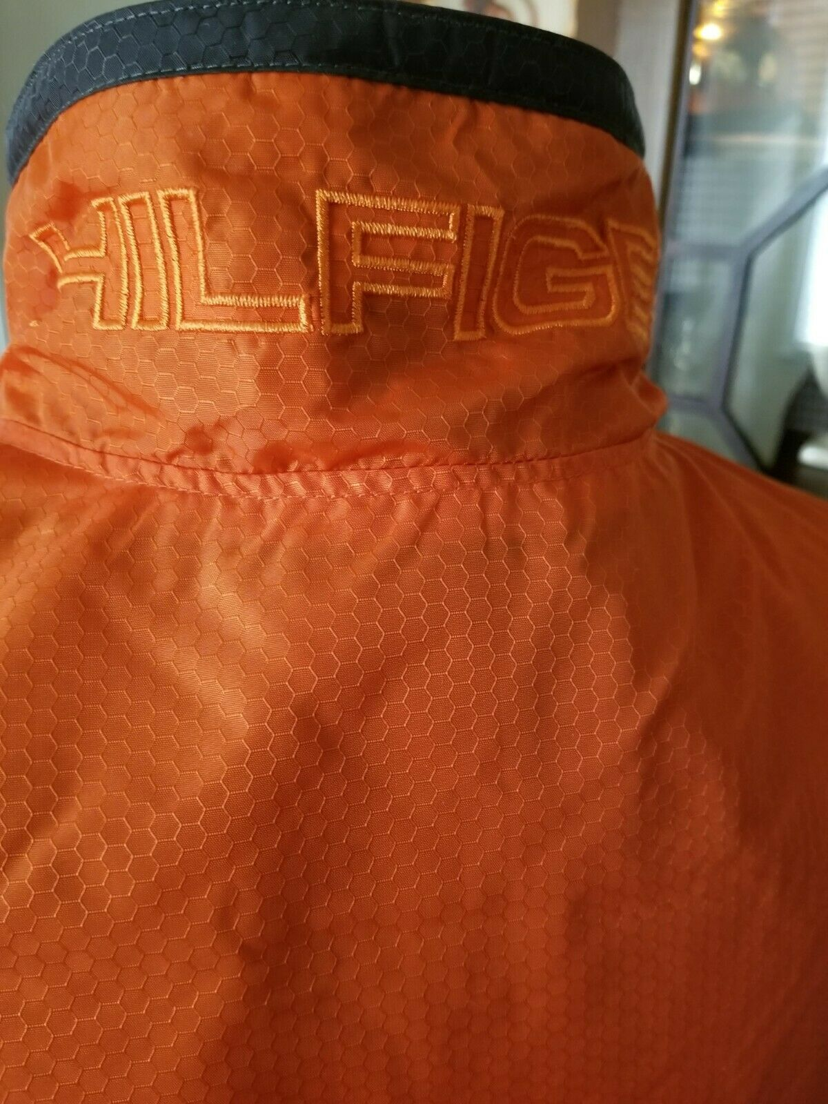 euc MENS Tommy Hilfiger sz L grey orange full zip… - image 4