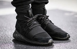 Tubular Doom Black