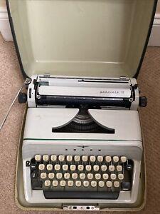 German Adler typewriter gabriele 10