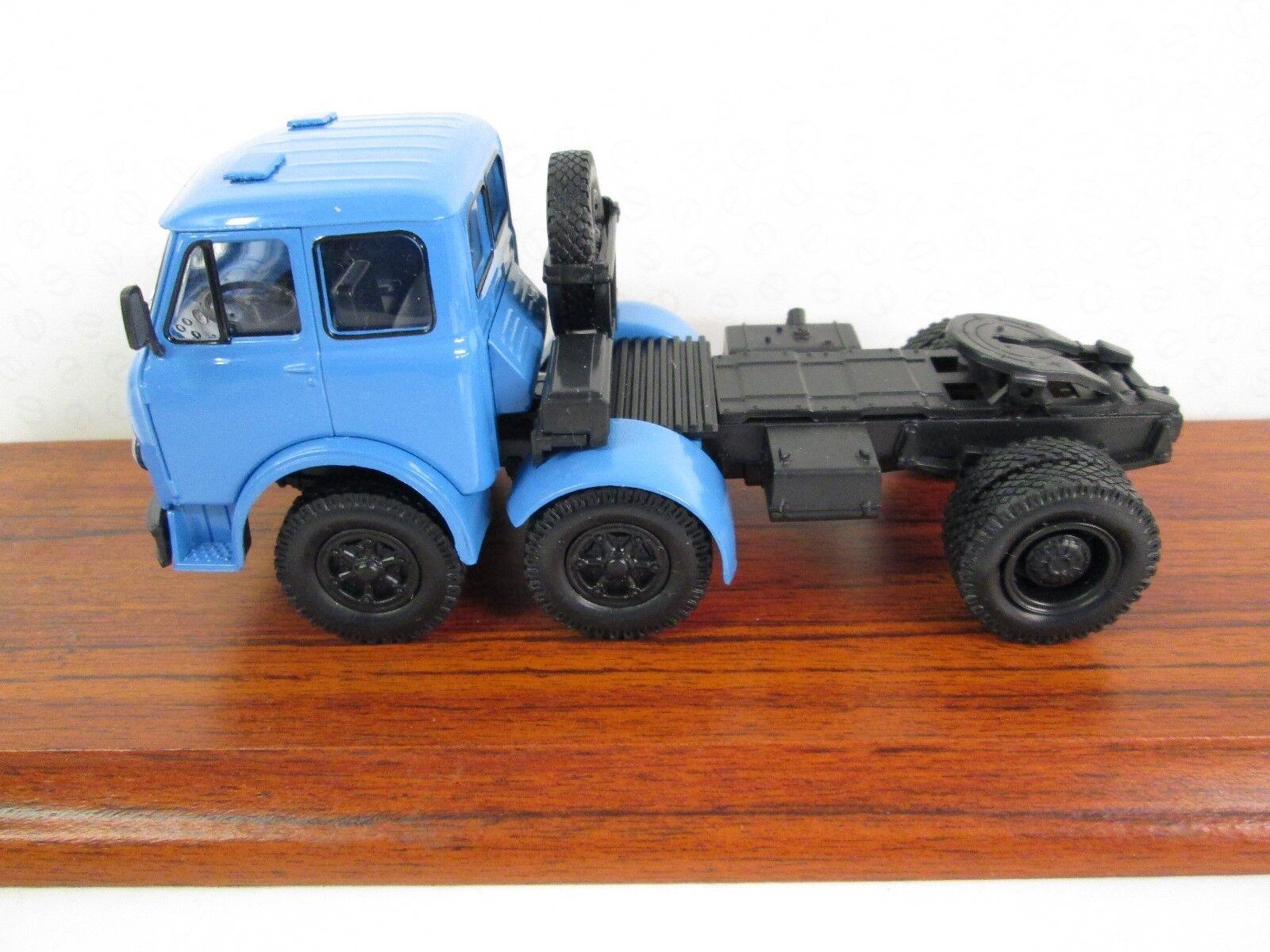 KrAZ. MAZ 520 Tractor Unit. Special C-81.1 43. Blau. SPC220610