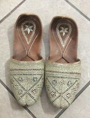 RAJASTHANI MEN SHOES PUNJABI JUTTI KHUSSA WEDDING FLIP FLOPS INDIAN FLAT Mojari | eBay