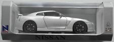 NewRay - Nissan GT-R silbermet. 1:24 Neu/OVP Modellauto