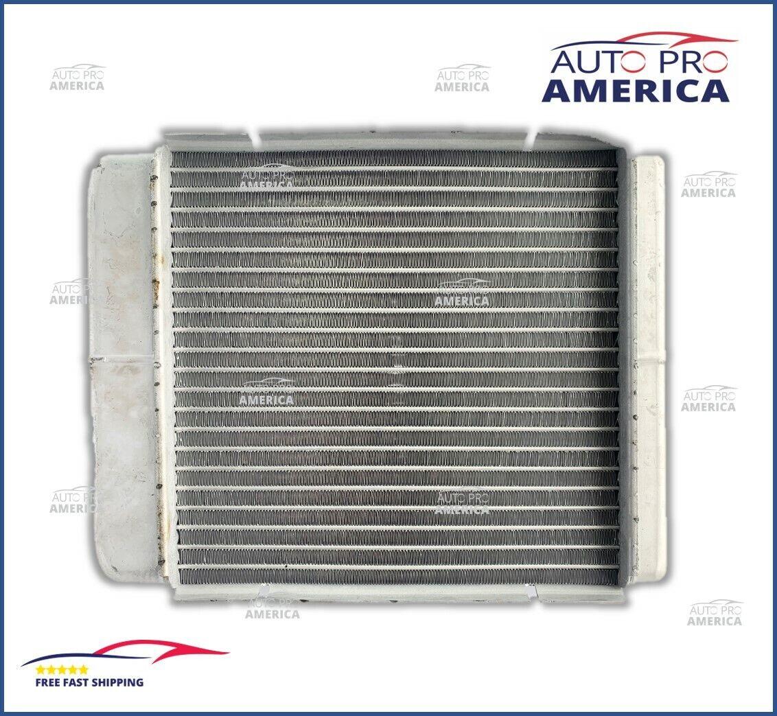 NEW ReadyRad 1998-2002 Crown Vic,Town Car,Grand Marquis HVAC Heater Core 398338