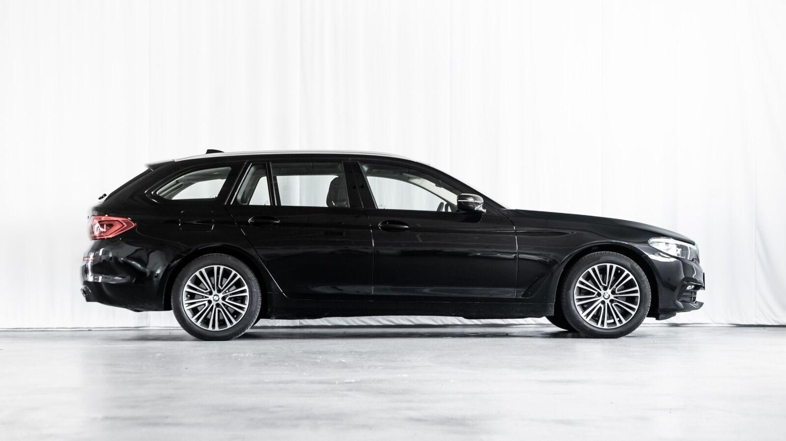 BMW 520d 2,0 Touring Sport Line aut. 5d - 6.556 kr.