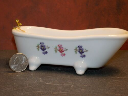 Dollhouse Miniature Ceramic Bath Tub BROKEN FAUCETS 1:12 one inch scale Y51 Y52