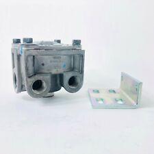 FREIGHTLINER R12 VALVE W//BRACKET BW-103009N