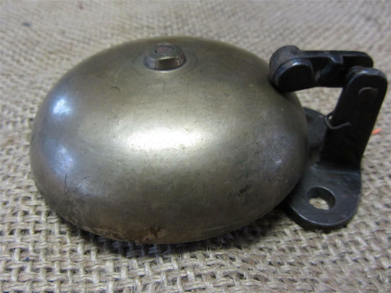 Vintage Brass Boxing Bell   Antique Sports Old Iron Box School Fire Bells 7316