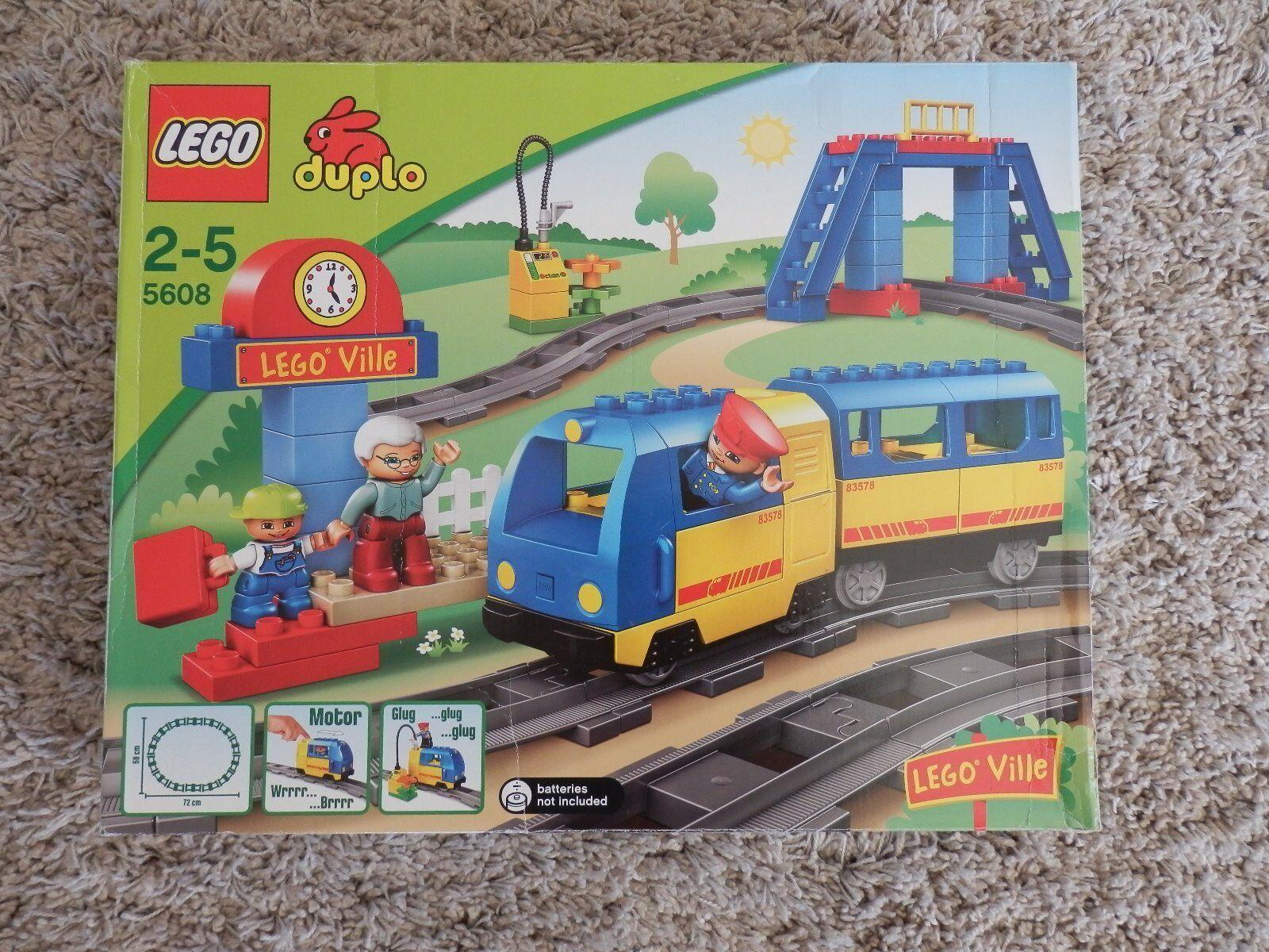 Lego Duplo Ville 5608 Eisenbahn set    elektrische Lokomotiv Zug neuwertige & OVP 549806