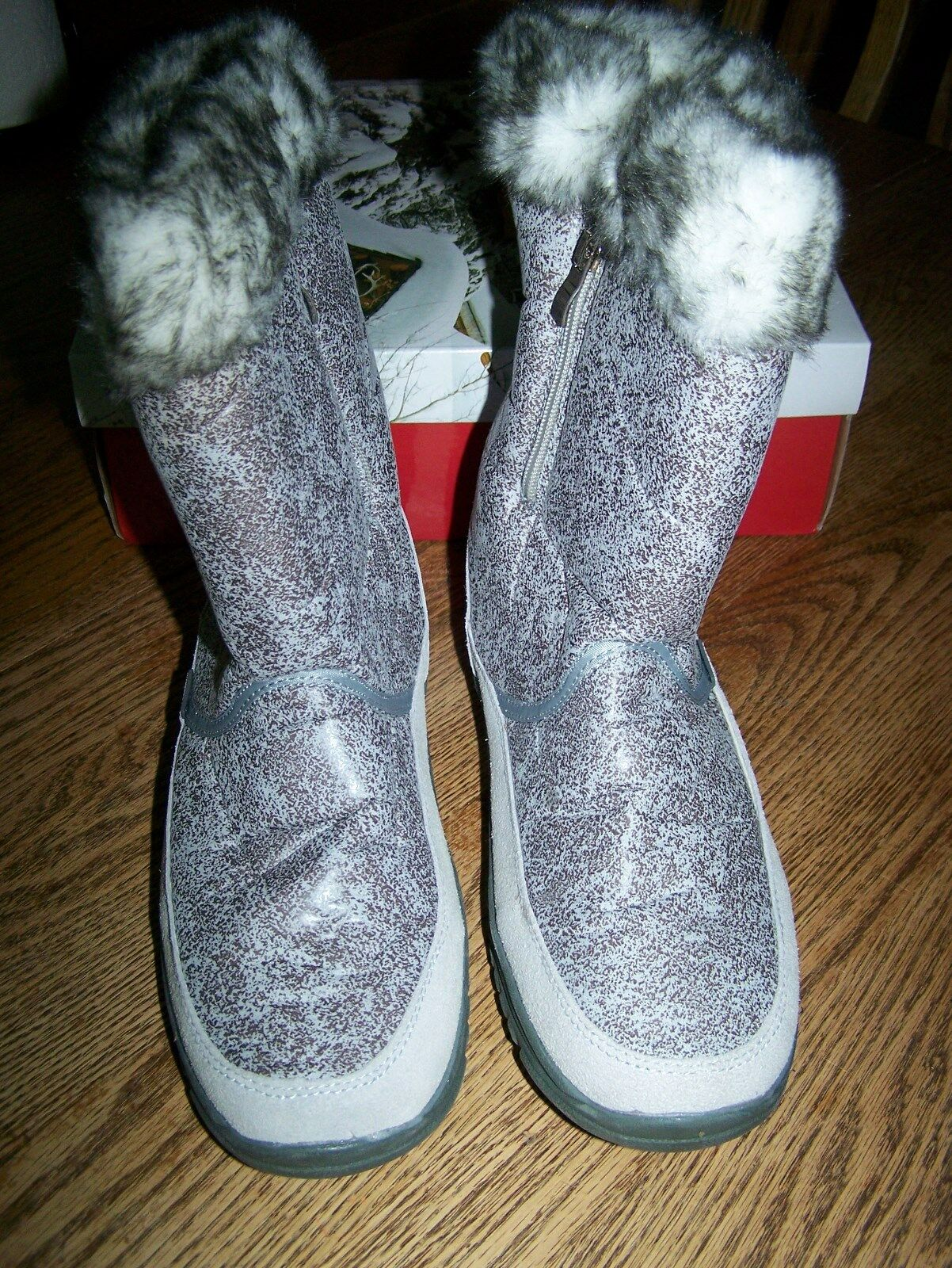 Western Chief Reese Women US 11 Gray Snow Boot New Ladies Winter Boots Warm