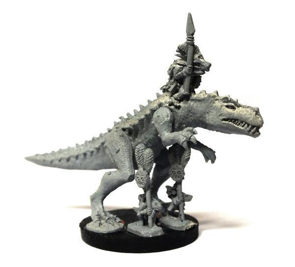 Lizardmen Saurus Hero on Carnosaur - 0 3 8in