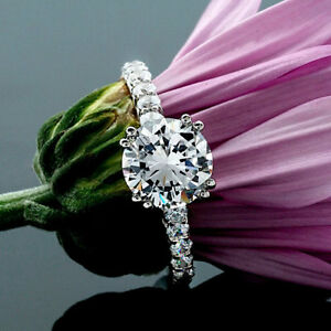 Solitaire-1-Carat-Round-Cut-Diamond-Engagement-Ring-VS2-D-14K-White-Gold
