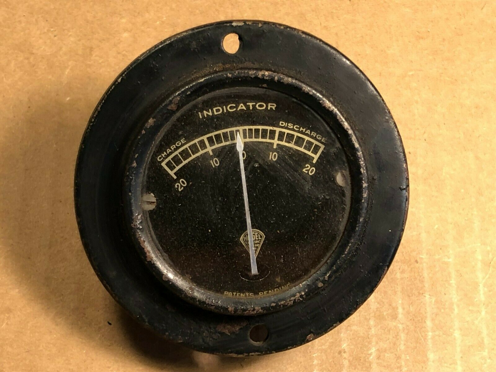Antique Nagel Gauge Measures -20 - 0 - 20 Amperes Charge Discharge Rat Rod Meter