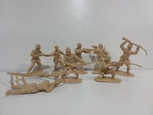 Conte-Zulu-Wars-British-24th-Foot-8-Figures-Set-3-New-Unplayed-1-32-54mm