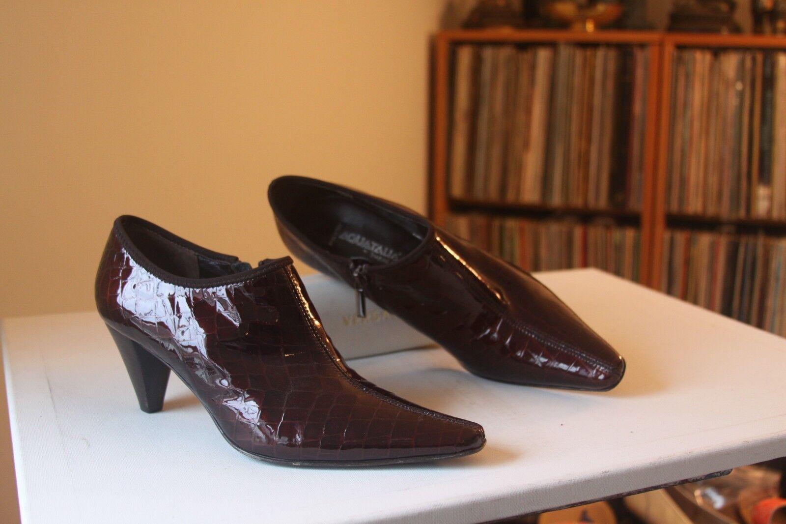 Aquatalia Marvin K Burgundy Faux Croc Patent Leder Side Side Side Zip Booties Größe 9.5 64315b